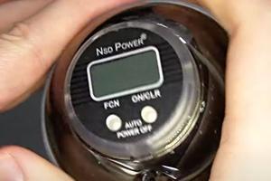 Anleitung zur Bedienung des NSD Spinner-Tachometers mit zwei Tasten